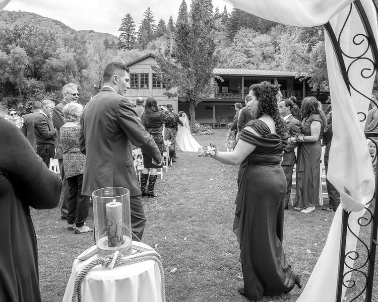 20181006-Benjamin_Peters_&_Evelyn_Calvillo_Wedding-Log_Haven_Utah (1709)LS2-2