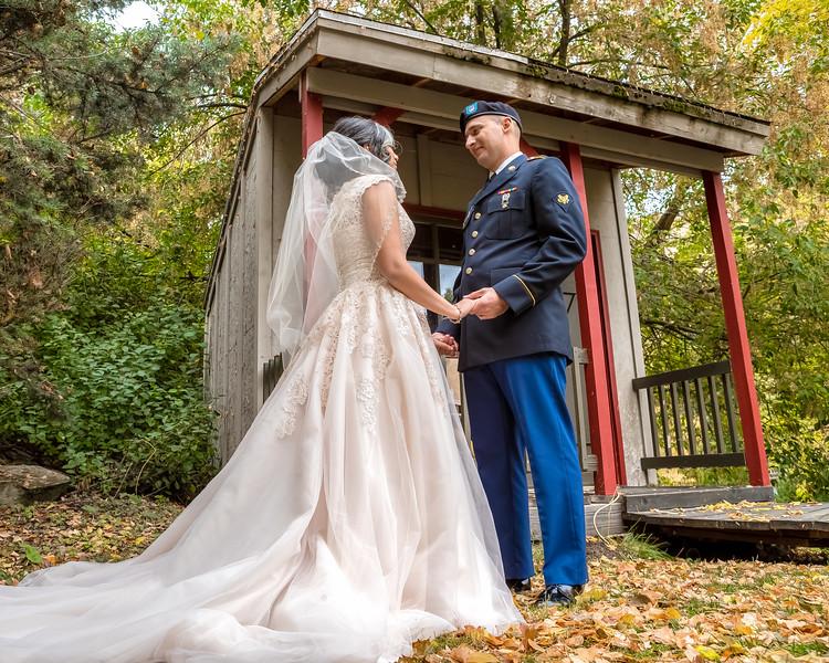 20181006-Benjamin_Peters_&_Evelyn_Calvillo_Wedding-Log_Haven_Utah (2127)LS2