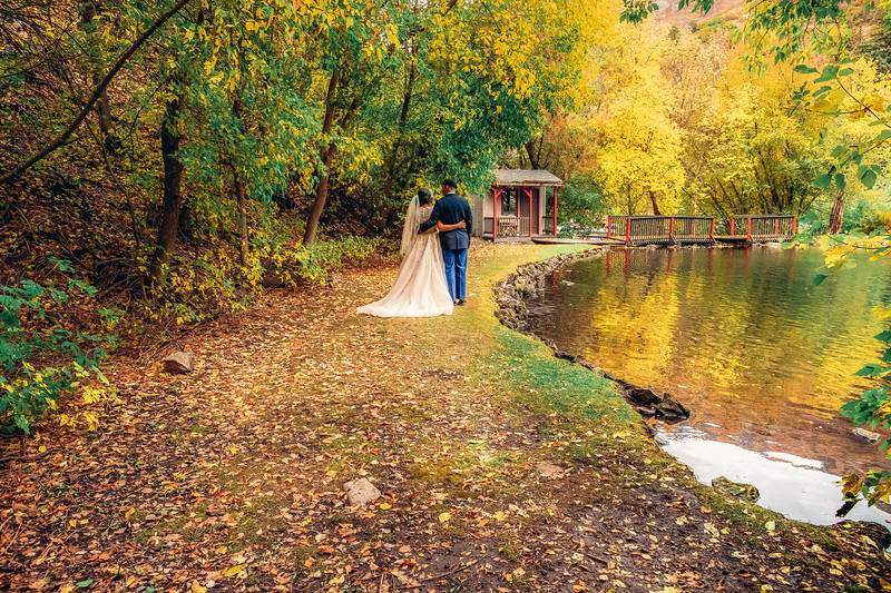 20181006-Benjamin_Peters_&_Evelyn_Calvillo_Wedding-Log_Haven_Utah (2459)AON2