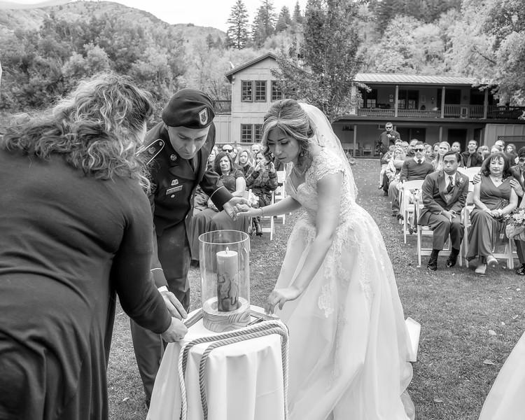 20181006-Benjamin_Peters_&_Evelyn_Calvillo_Wedding-Log_Haven_Utah (1374)LS2-2