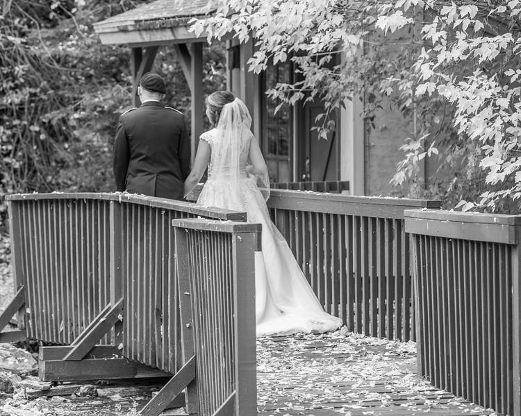 20181006-Benjamin_Peters_&_Evelyn_Calvillo_Wedding-Log_Haven_Utah (2069)-2