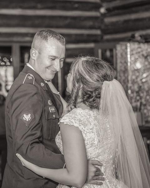 20181006-Benjamin_Peters_&_Evelyn_Calvillo_Wedding-Log_Haven_Utah (4213)123MI-2