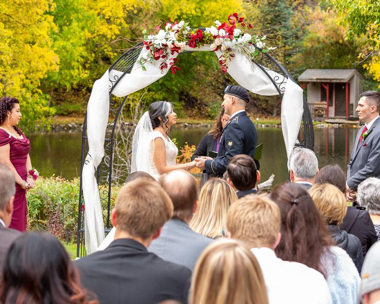 20181006-Benjamin_Peters_&_Evelyn_Calvillo_Wedding-Log_Haven_Utah (1550)