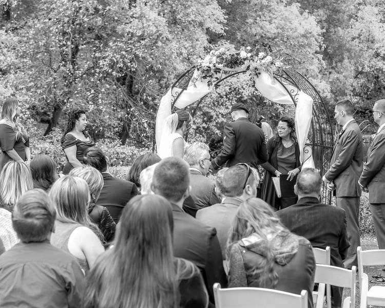 20181006-Benjamin_Peters_&_Evelyn_Calvillo_Wedding-Log_Haven_Utah (1349)LS2-2