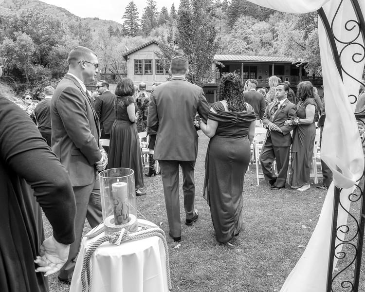 20181006-Benjamin_Peters_&_Evelyn_Calvillo_Wedding-Log_Haven_Utah (1713)LS2-2