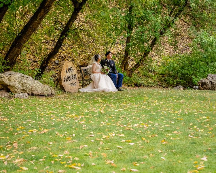 20181006-Benjamin_Peters_&_Evelyn_Calvillo_Wedding-Log_Haven_Utah (2940)Moose1