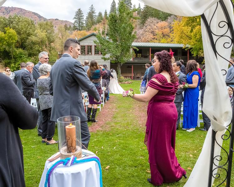 20181006-Benjamin_Peters_&_Evelyn_Calvillo_Wedding-Log_Haven_Utah (1709)LS2