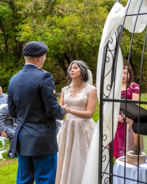 20181006-Benjamin_Peters_&_Evelyn_Calvillo_Wedding-Log_Haven_Utah (1583)LS2