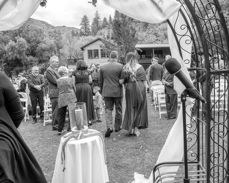 20181006-Benjamin_Peters_&_Evelyn_Calvillo_Wedding-Log_Haven_Utah (1730)LS2-2