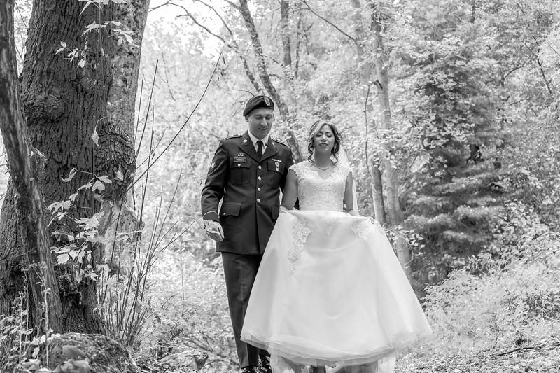 20181006-Benjamin_Peters_&_Evelyn_Calvillo_Wedding-Log_Haven_Utah (2430)LS2-2