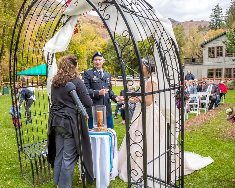 20181006-Benjamin_Peters_&_Evelyn_Calvillo_Wedding-Log_Haven_Utah (1277)LS2