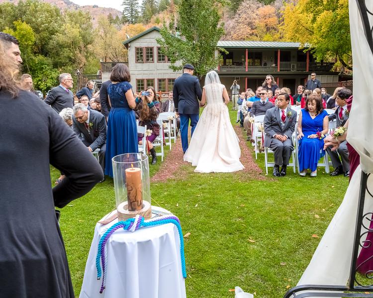 20181006-Benjamin_Peters_&_Evelyn_Calvillo_Wedding-Log_Haven_Utah (1697)LS2