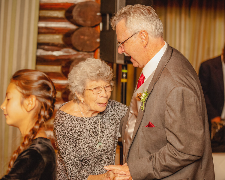 20181006-Benjamin_Peters_&_Evelyn_Calvillo_Wedding-Log_Haven_Utah (4411)123MI