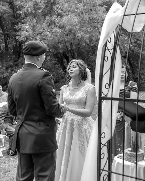 20181006-Benjamin_Peters_&_Evelyn_Calvillo_Wedding-Log_Haven_Utah (1583)LS2-2