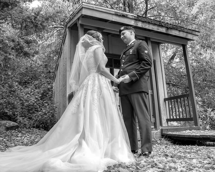 20181006-Benjamin_Peters_&_Evelyn_Calvillo_Wedding-Log_Haven_Utah (2127)LS2-2