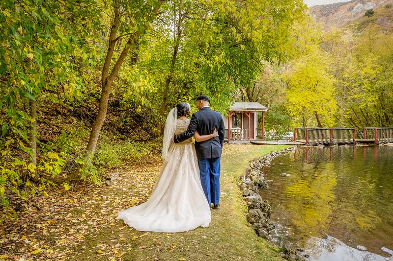 20181006-Benjamin_Peters_&_Evelyn_Calvillo_Wedding-Log_Haven_Utah (2448)Moose1