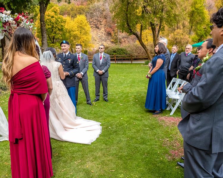 20181006-Benjamin_Peters_&_Evelyn_Calvillo_Wedding-Log_Haven_Utah (968)LS2