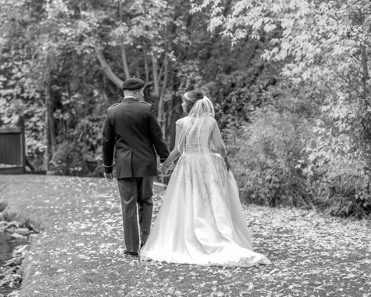 20181006-Benjamin_Peters_&_Evelyn_Calvillo_Wedding-Log_Haven_Utah (2016)LS2-2
