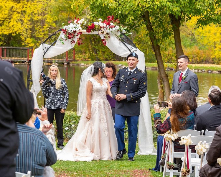 20181006-Benjamin_Peters_&_Evelyn_Calvillo_Wedding-Log_Haven_Utah (1638)