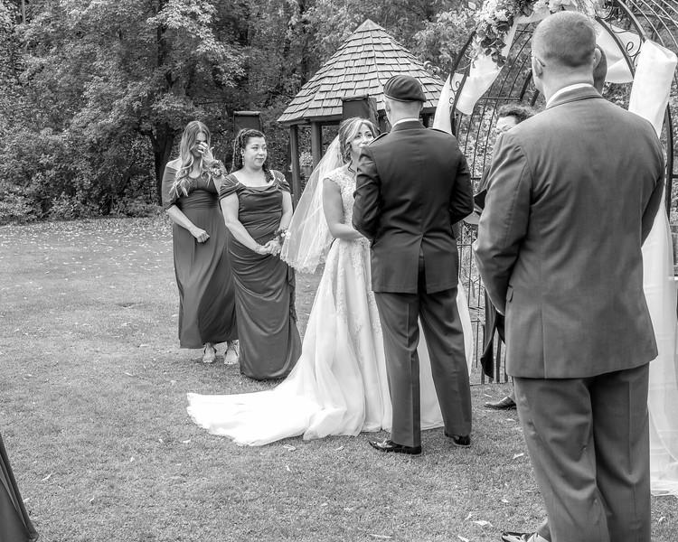 20181006-Benjamin_Peters_&_Evelyn_Calvillo_Wedding-Log_Haven_Utah (1107)LS2-2