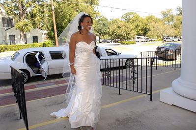 LaTosha & Wyndell - Pre-ceremony