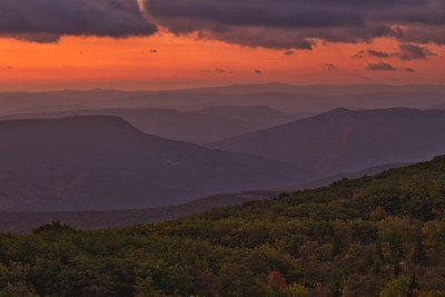 Bear Rocks Sunrise 2764L