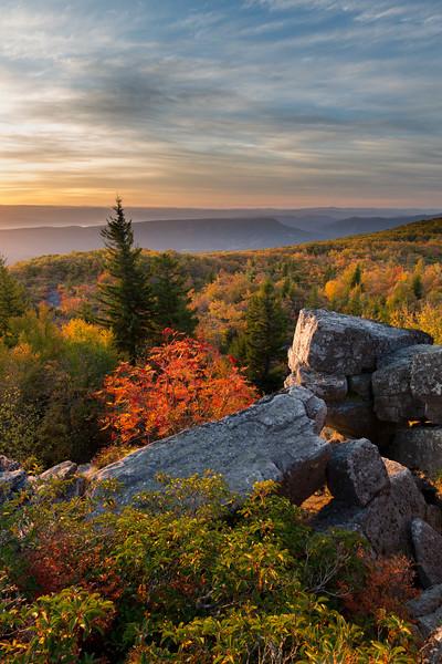 Bear Rocks Sunrise 7526-27