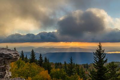 Bear Rocks Sunrise 7151