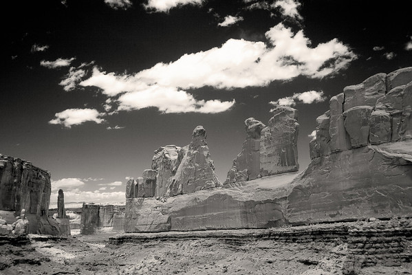 Park Avenue in Infrared, Arches NP