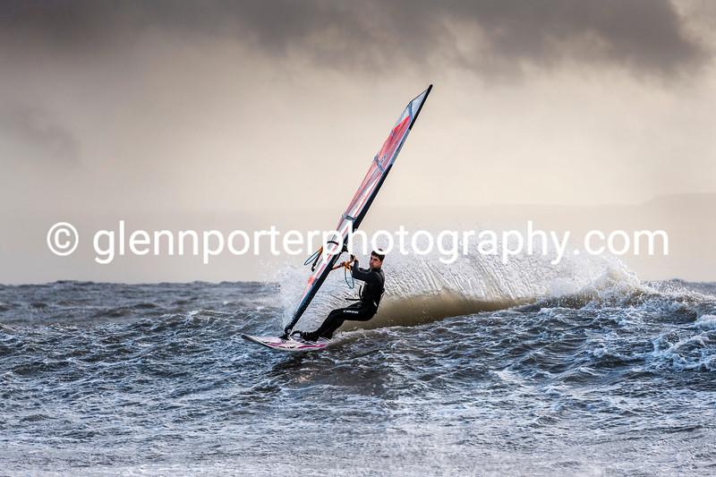 Windsurfing Storm Brian.