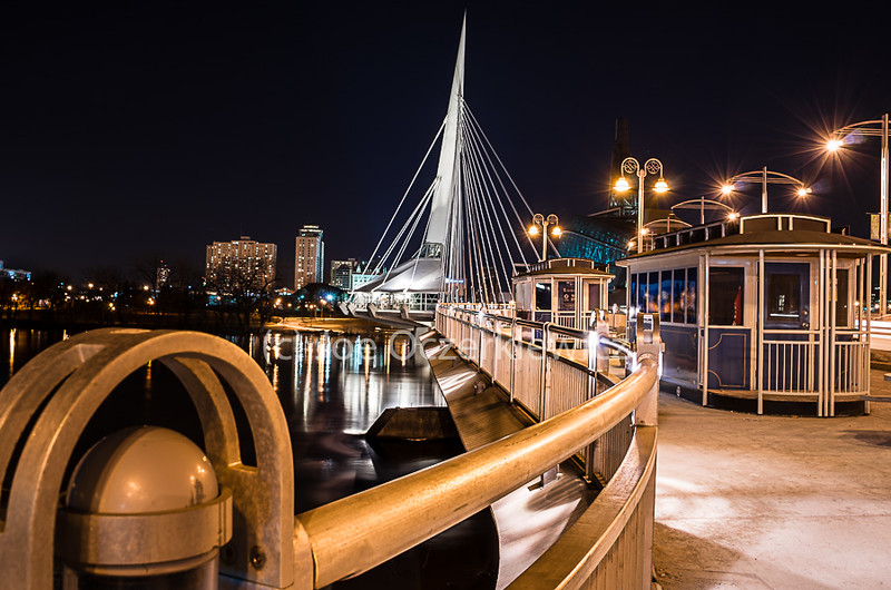 Golden Rail of the Esplanade Riel