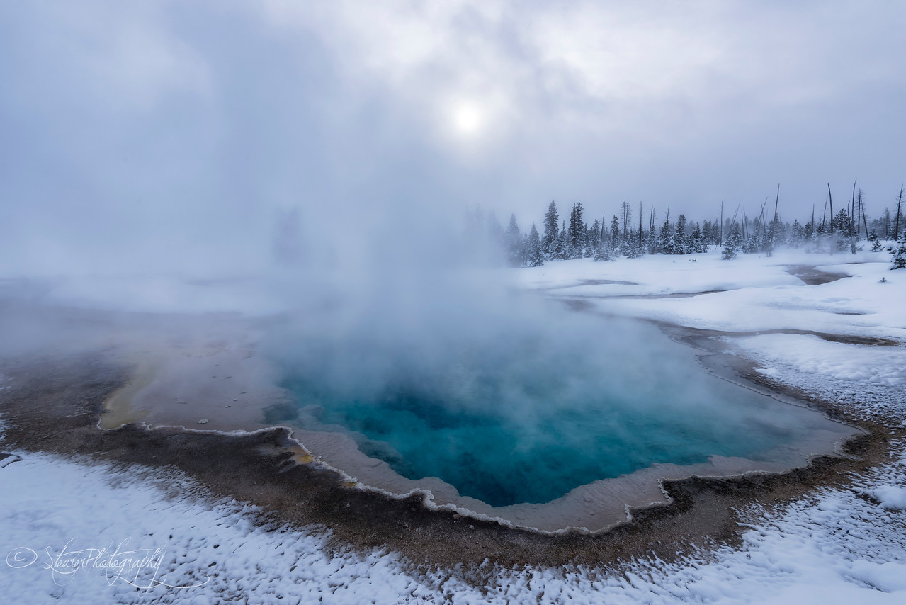 Mystical blue I - Westthumb Geysir Basin, Yellowstone 2018