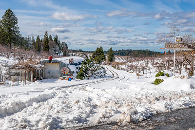 Image of Denver Dan's Apple Patch in Apple Hill after a snow storm.