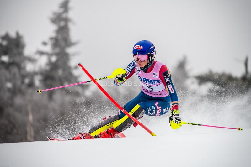 Mikaela Shiffrin USA - Audi FIS Ski World Cup Womens Slalom Killington Vt-20171126-03