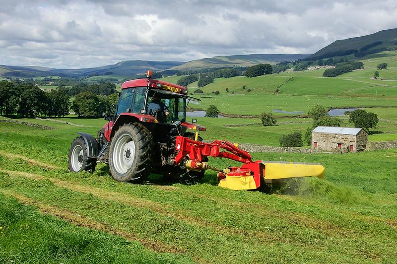 Hay cutting in Wensleydale