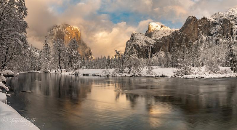 Gates to the snow  - Yosemite NP, 2019