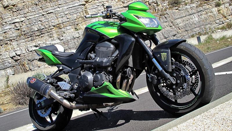 Kawasaki Z750 @Denis