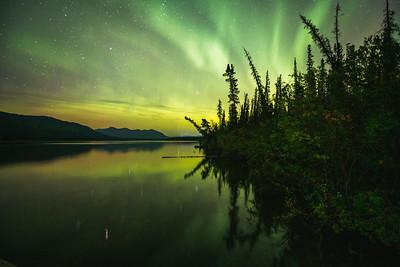 Aurora at Pine Lake