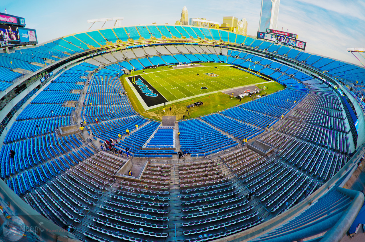 This is a grand view of the Bank of America football stadium Charlotte USA. This is a home stadium for Charlotte Panthers. The day I shot this one, Panthers lost their match against the Atlanta Falcons. This was just after the match was finished and no one wanted to stay back after the defeat. No celebrations that day :(.
