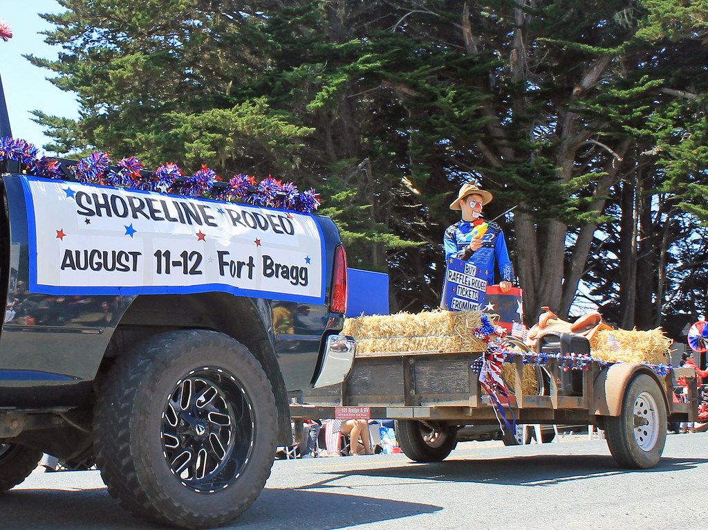 . Shoreline Riders\' rodeo float won first prize in the youth category.
