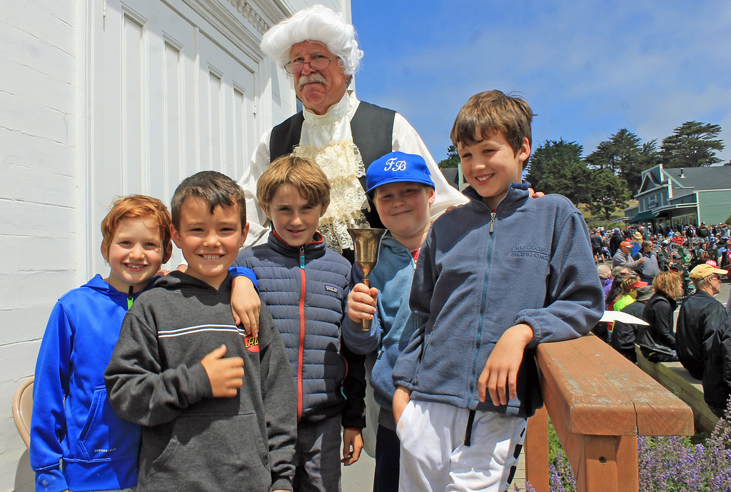 . Thomas Jefferson (aka Steven Worthen) rang the bell and read patriotic speeches as Masonic Lodge  No. 179 offered tours of their 150-plus-year-old hall at Ukiah and Lansing streets. Leo Donley, Nico Kidd, Matteo Caccamo, Max Buckner and George Caccamo joined in.