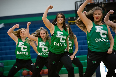 11-11-18_NGR_Dance Team - WBB vs MIT-30
