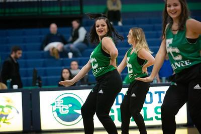 11-11-18_NGR_Dance Team - WBB vs MIT-13