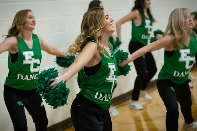 11-11-18_NGR_Dance Team - WBB vs MIT-39