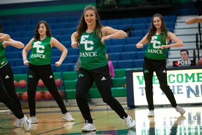 11-11-18_NGR_Dance Team - WBB vs MIT-4