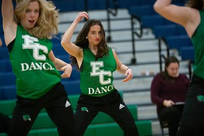 11-11-18_NGR_Dance Team - WBB vs MIT-16