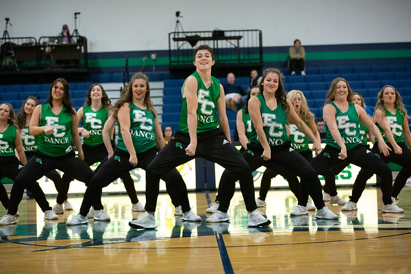 11-11-18 Dance Team - WBB vs. MIT