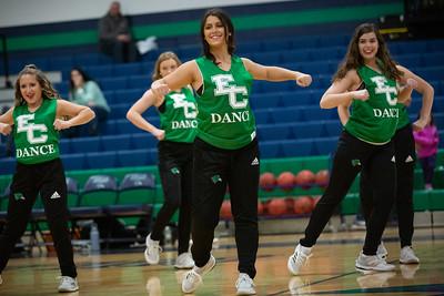 11-11-18_NGR_Dance Team - WBB vs MIT-6