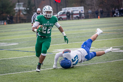 11-10-18_NGR_FB vs Salve Regina-74