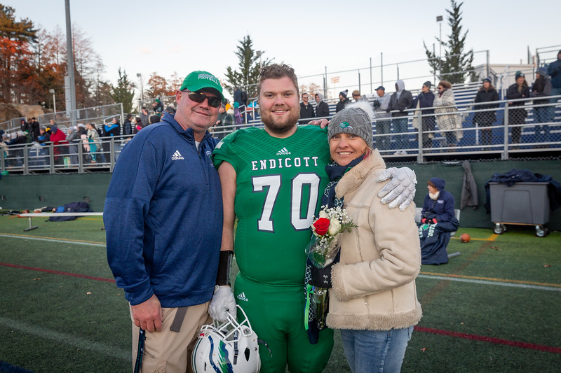 11-10-18_NGR_FB vs Salve Regina-177.jpg